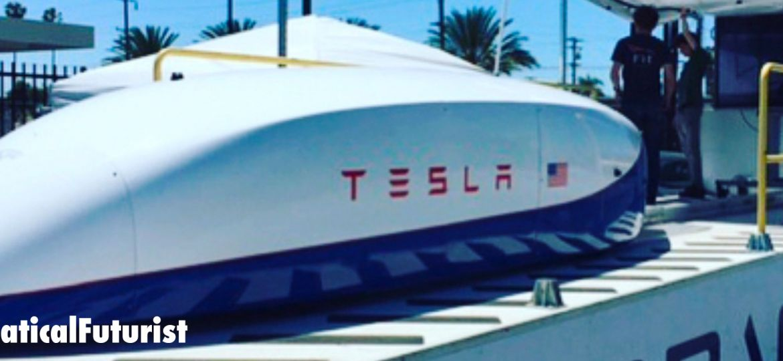 article_tesla_hyperloop