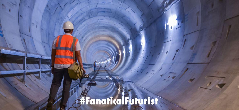 futurist_tunnel_vegas