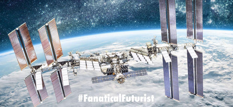 Futurist_spacetourists